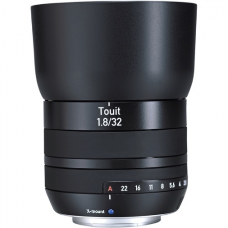 Zeiss Touit 32mm f/1.8 za FUJI X